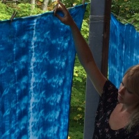 Shibori dyeing & unveiling.