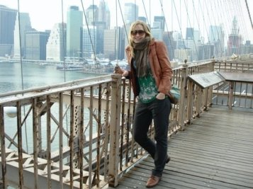 Veronika on the Brooklyn bridge, 2009